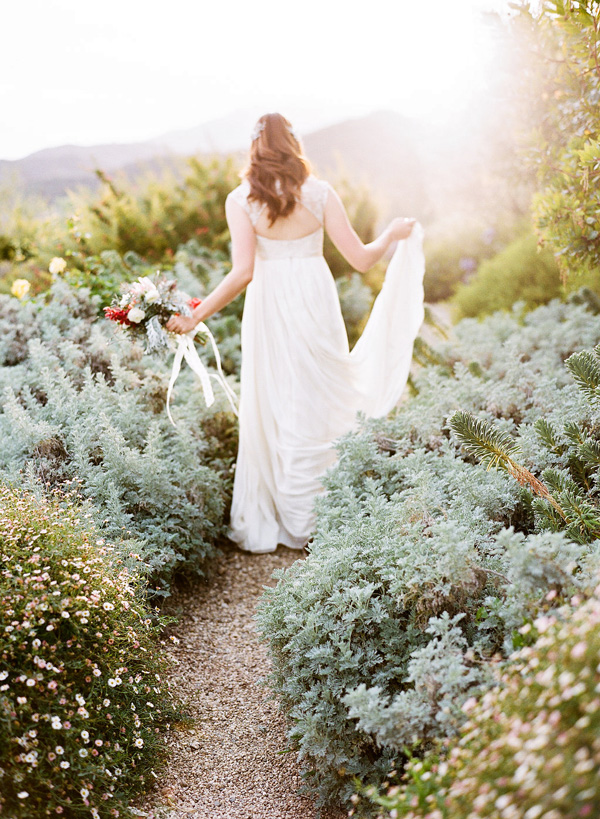 Intimate Ojai Ranch Wedding captured by The Why We Love